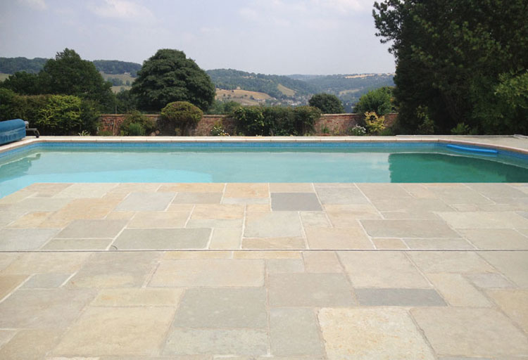 The-Advantages-of-Limestone-Paving